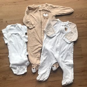 2 footed bodysuit with 2 short sleeve onesies